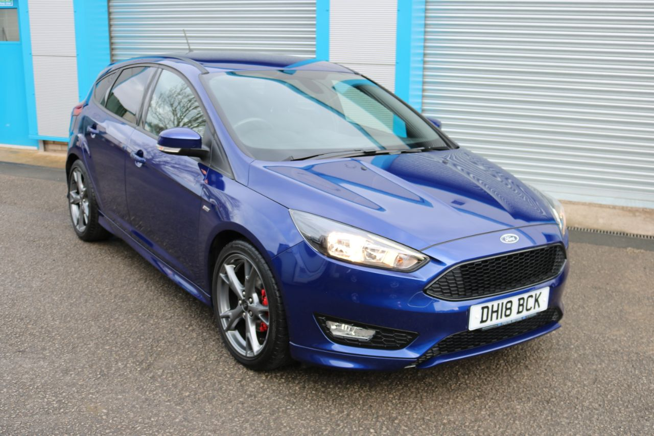 Ford Focus 1.0 EcoBoost 140 ST-Line X 5dr Hatchback Petrol Blue at Pentre Motors Denbigh
